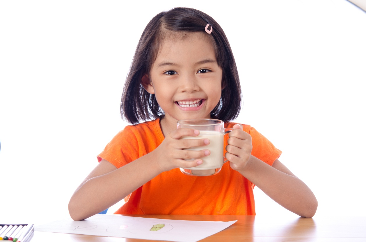 Adakah Susu Formula Yang Bermanfaat Untuk Kecerdasan Otak Anak?