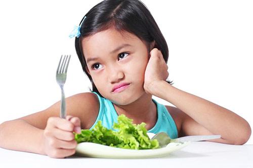 Tips Agar Si Kecil Mau Makan Sayur