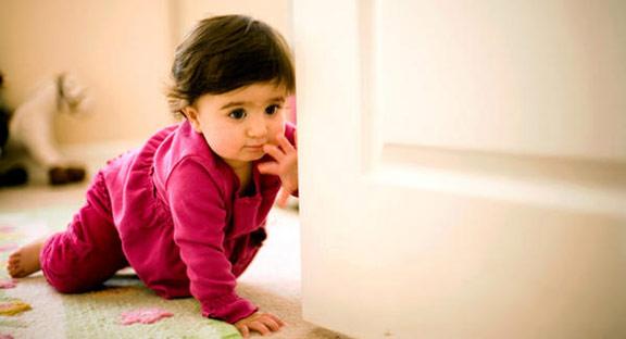 Pentingnya Fase Merangkak pada Bayi